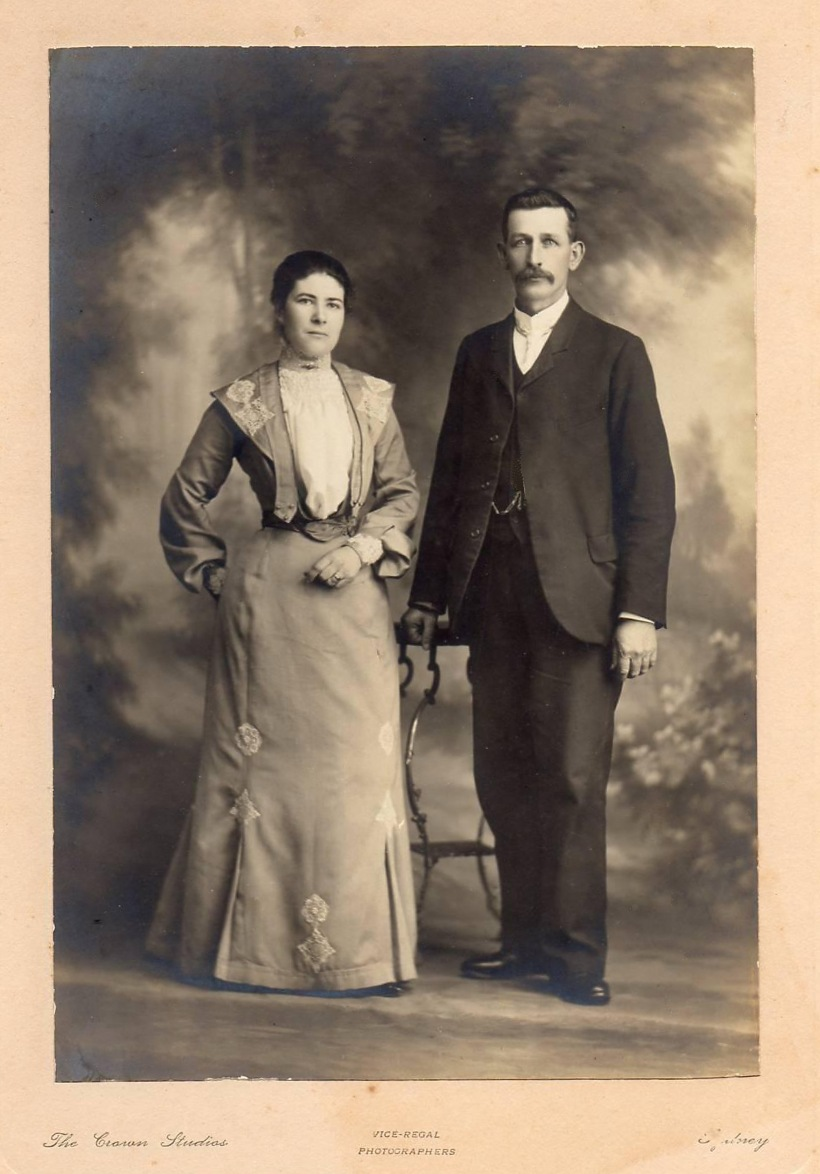 Nathaniel and Elizabeth Easterbrook c1903